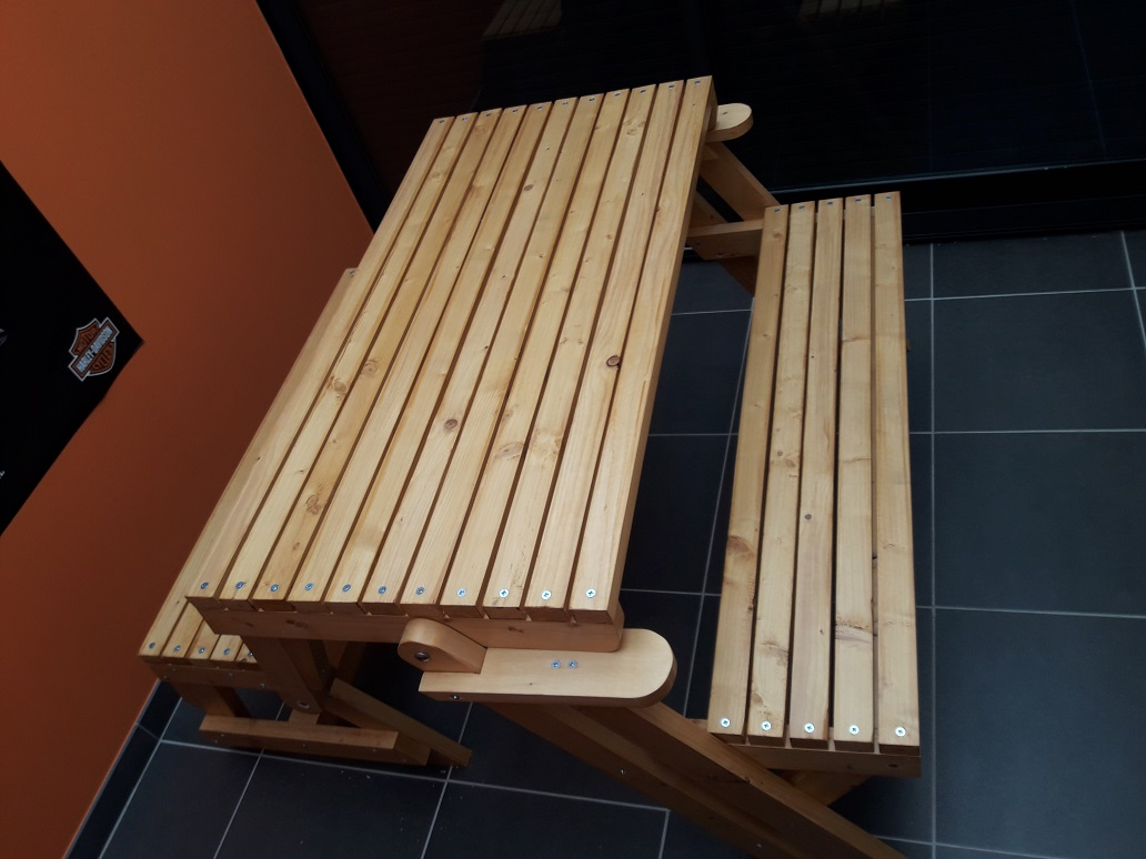 Banc-table de Sébastien